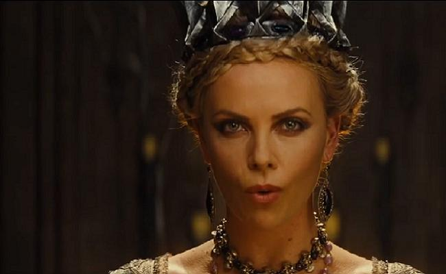Charlize Theron Blanche Neige Et Le Chasseur