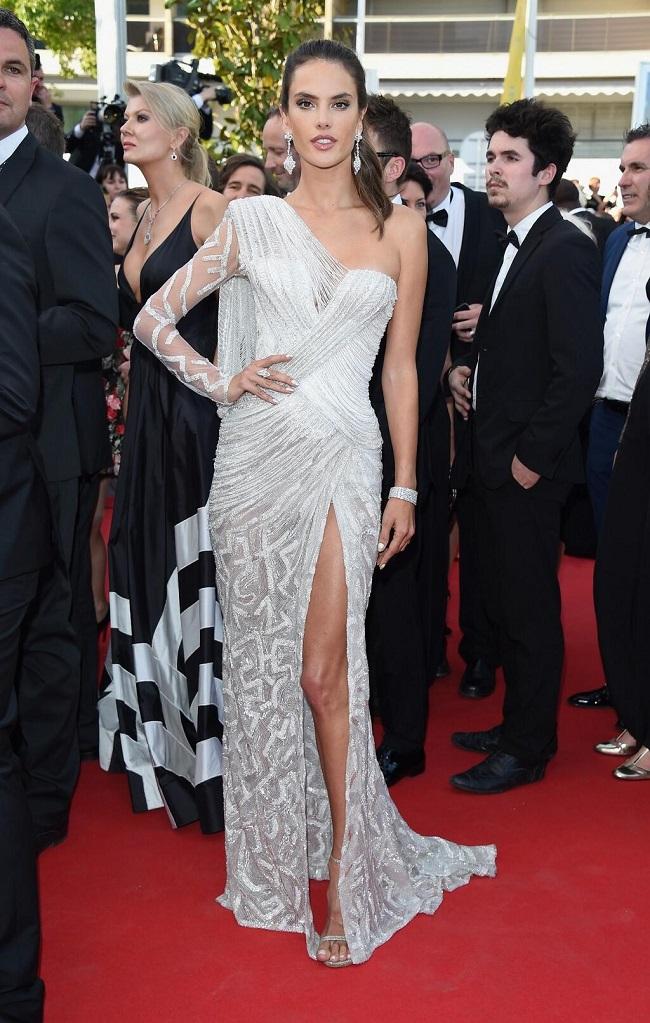 Alessandra Ambrosio sexy dress Versace