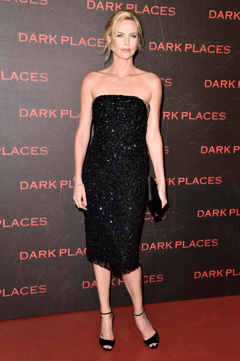 Charlize Theron robe dior Dark Places Paris