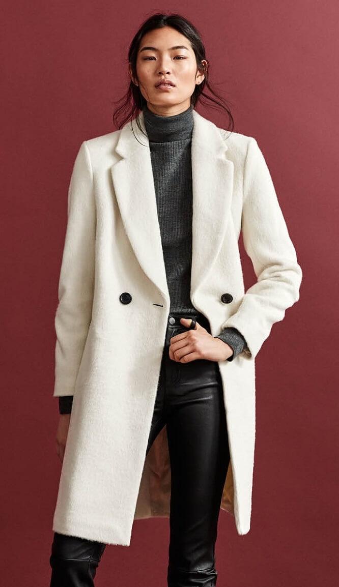 Look H&M avec un pantalon slim en cuir